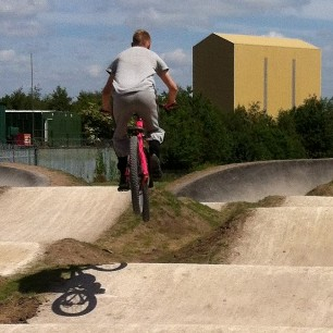2014 CLICK THIS LINK TO SEE PHOTOS OF THE NEW BMX CYCLE TRACK BUILD (10th April to 10th June 2014)